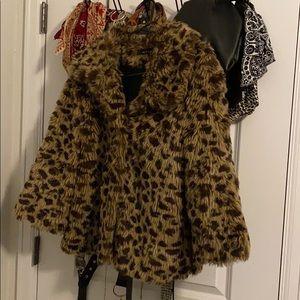 Leopard Faux Fur Coat 🐆